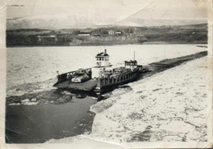 1949 Ice on the Columbia River